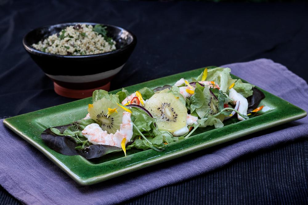 Kiwi and prawn salad